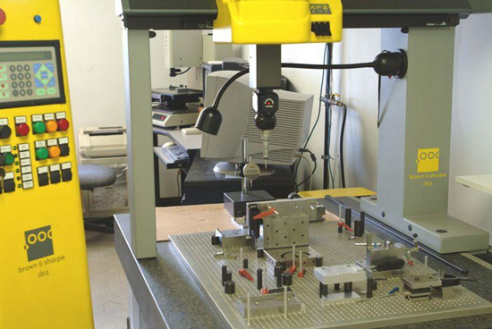 Custom Injection Molding Services on Hewitt Molding Company